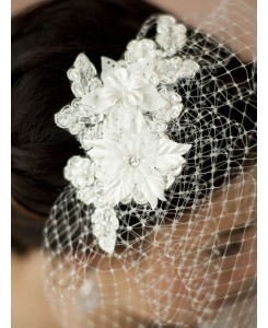 French Net Vintage Bridal Veil with Ivory Beaded & Floral Lace Applique